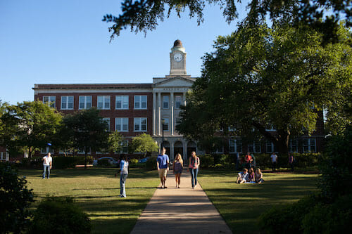 Mississippi College – Online Master's in Elementary Education