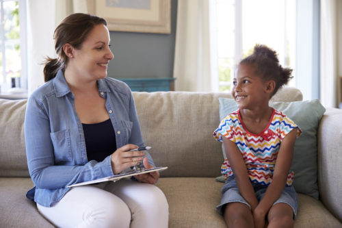 What is the Difference Between Counselors and Social Workers